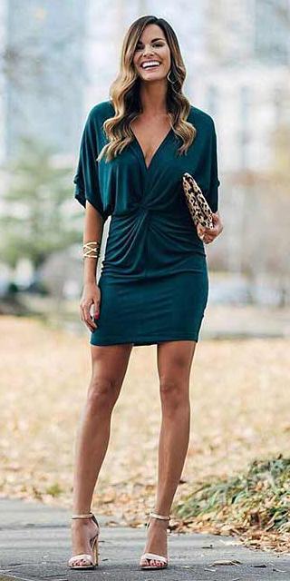 what-to-wear-for-a-fall-wedding-guest-outfit-autumn-green-dark-dress-mini-tan-shoe-sandalh-hairr-dinner.jpg
