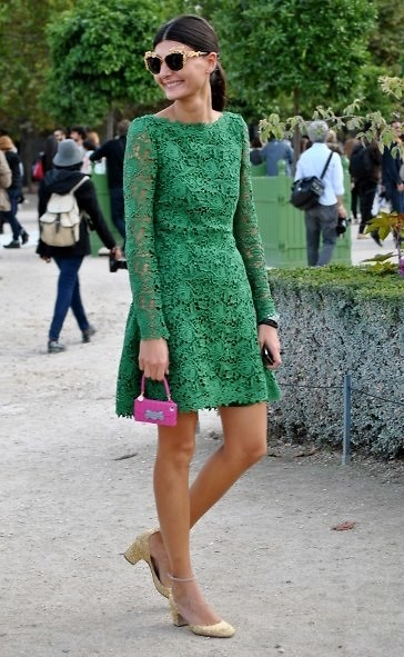 what-to-wear-for-a-fall-wedding-guest-outfit-autumn-green-emerald-dress-lace-aline-mini-pink-bag-sun-pony-tan-shoe-pumps-dinner.jpg