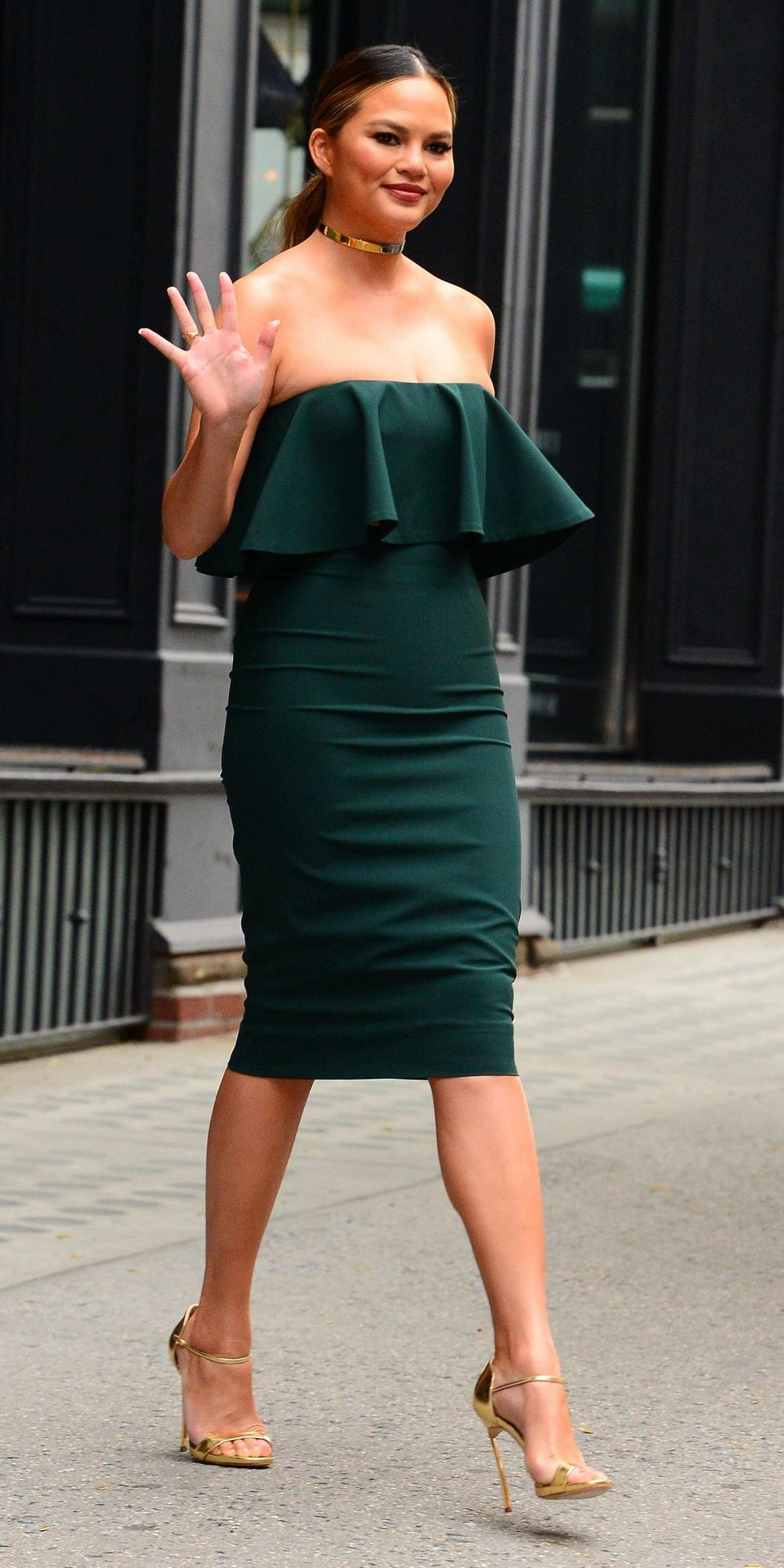 what-to-wear-for-a-winter-wedding-guest-outfit-green-dark-dress-bodycon-hairr-choker-necklace-pony-chrissyteigen-tan-shoe-sandalh-gold-strapless-dinner.jpg