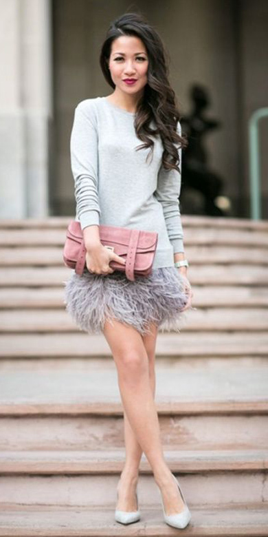 what-to-wear-for-a-winter-wedding-guest-outfit-skirt-grayl-sweater-sweatshirt-brun-pink-bag-gray-shoe-pumps-dinner.jpg