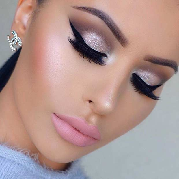 eyes-how-to-do-your-makeup-for-wedding-guest-beauty-glitter-eyeshadow-pink-lips-black-wing-eyeliner.jpg