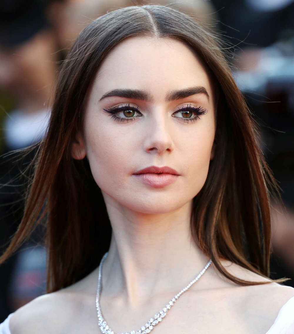 eyes-how-to-do-your-makeup-for-wedding-guest-beauty-winged-eyeliner-lilycollins.jpg