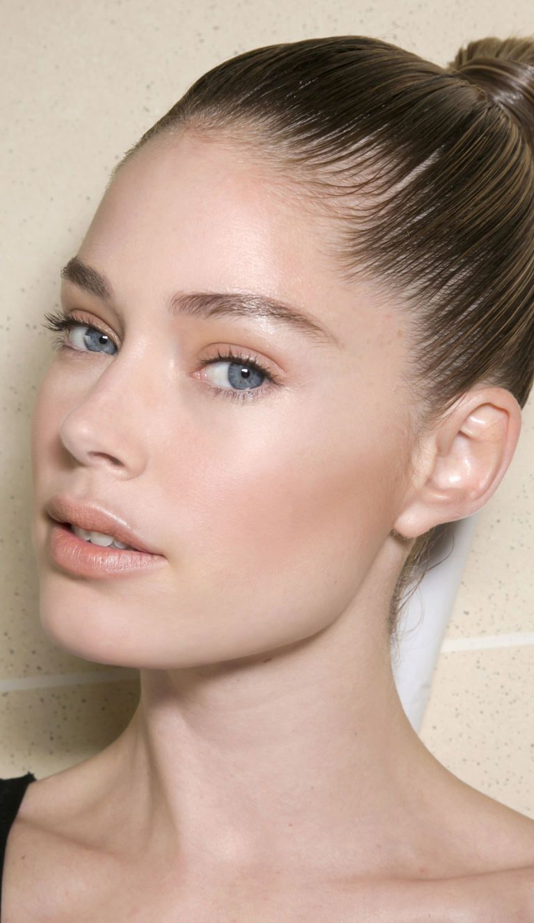 soft-natural-how-to-do-your-makeup-for-wedding-guest-beauty-minimal-makeup-for-wedding.jpg