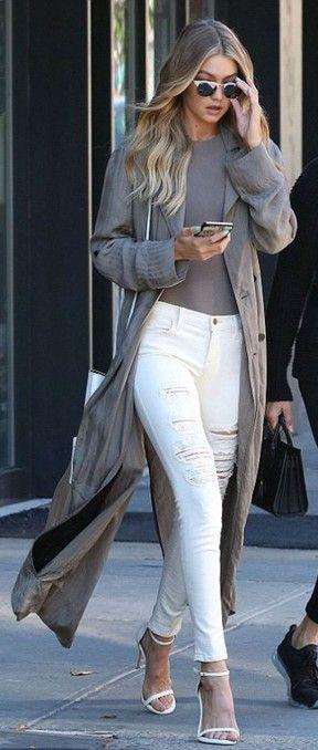 white-skinny-jeans-tan-top-tan-jacket-coat-maxi-white-shoe-sandalh-gigihadid-spring-summer-blonde-work.jpg