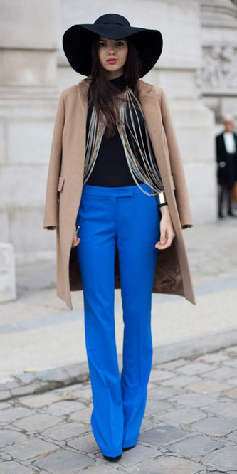 blue-med-wideleg-pants-black-sweater-turtleneck-basic-tan-jacket-coat-howtowear-style-fashion-fall-winter-street-cobalt-hat-brun-dinner.jpg