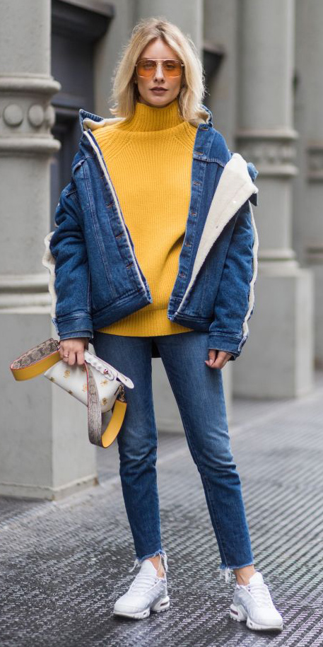 2096a2b617 blue-med-skinny-jeans-yellow-sweater-turtleneck-sun-