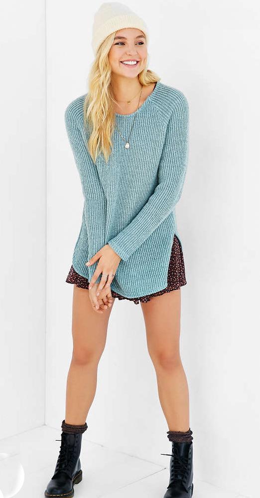 cf5762d6a87 r-burgundy-mini-skirt-blue-light-sweater-necklace-