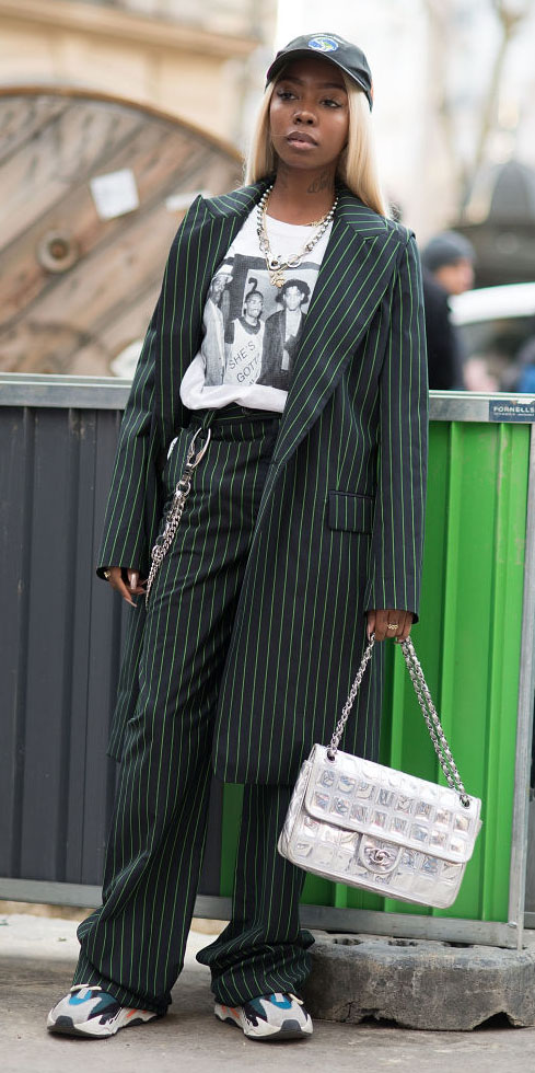 green-dark-wideleg-pants-pinstripe-suit-white-graphic-tee-chain-necklace-blonde-hat-cap-gray-bag-white-shoe-sneakers-fall-winter-lunch.jpg