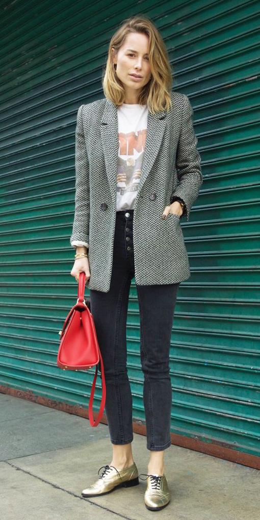 black-skinny-jeans-tan-shoe-brogues-gold-white-graphic-tee-red-bag-grayl-jacket-blazer-boyfriend-fall-winter-blonde-lunch.jpg