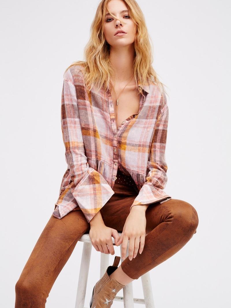 camel-leggings-pink-light-plaid-shirt-fall-winter-blonde-weekend.jpg