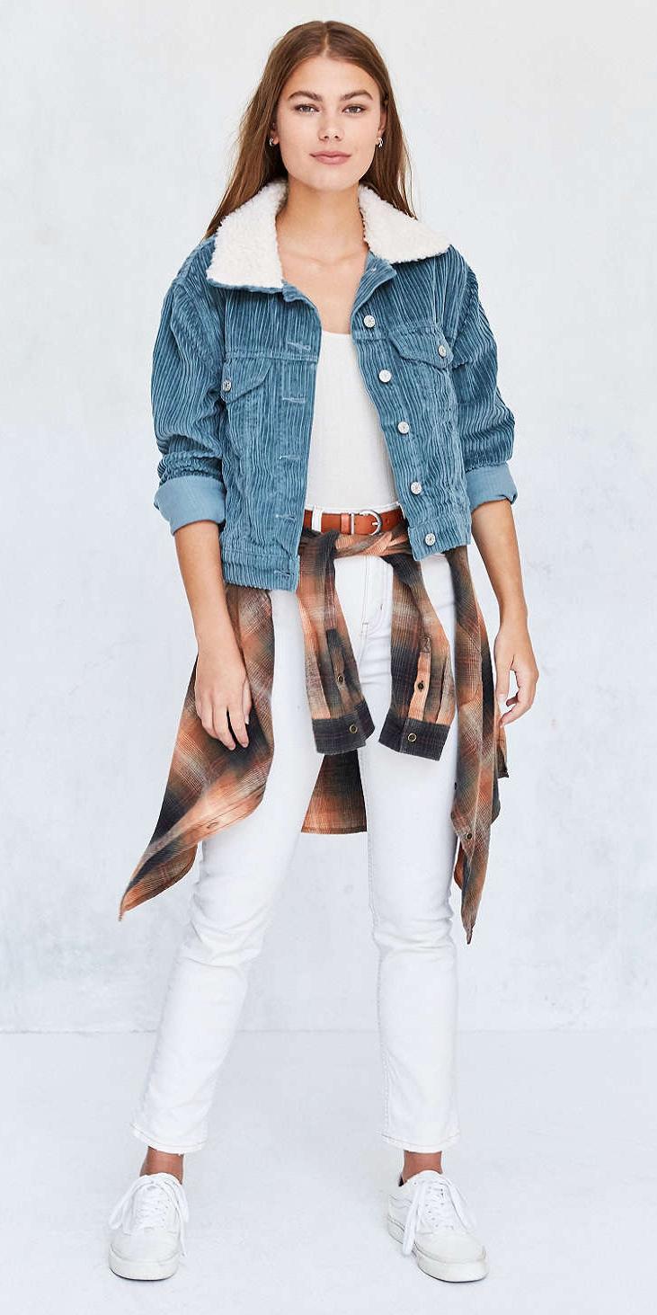bd53a6e7987a white-skinny-jeans-white-tee-howtowear-style-fashion-