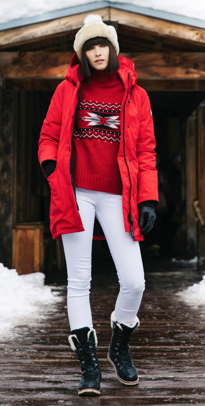 white-skinny-jeans-black-shoe-booties-snow-red-sweater-turtleneck-christmas-brun-beanie-gloves-red-jacket-coat-parka-fall-winter-outfit-weekend.jpg