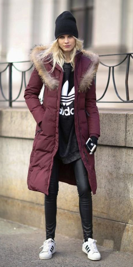 black-leggings-black-graphic-tee-beanie-white-shoe-sneakers-burgundy-jacket-coat-puffer-parka-fall-winter-blonde-weekend.jpg