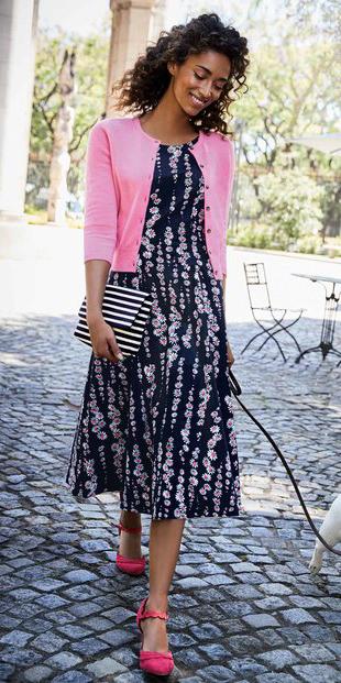 d4d2979d86 black-dress-midi-print-pink-light-cardigan-brun-