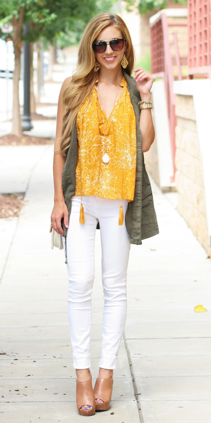 8840696f61 white-skinny-jeans-yellow-top-blouse-necklace-pend-
