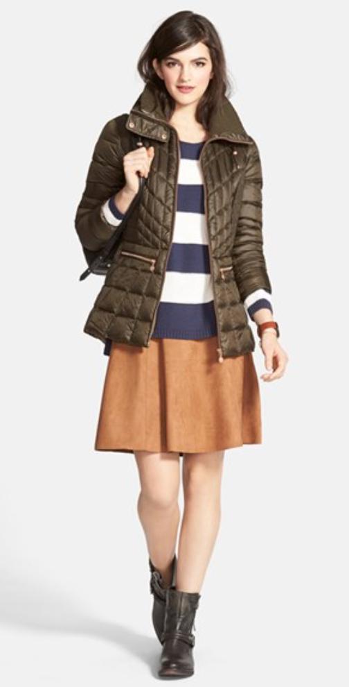 o-camel-mini-skirt-blue-navy-sweater-stripe-wear-style-fashion-fall-winter-green-olive-jacket-puffer-black-shoe-booties-brun-lunch.jpg