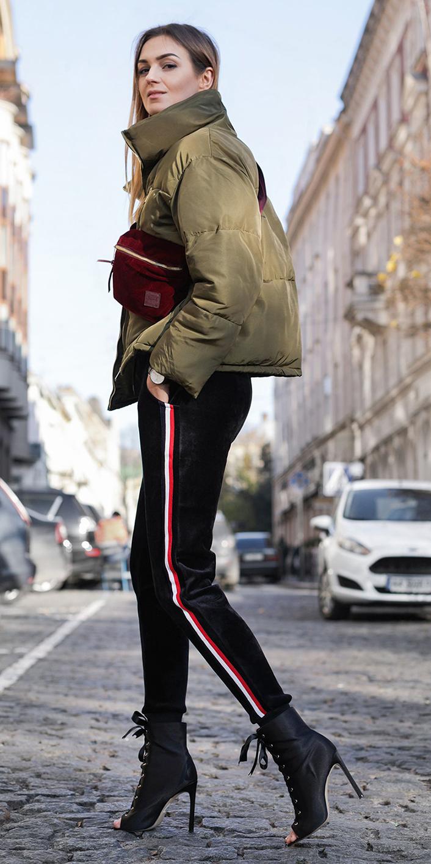 black-joggers-pants-green-olive-jacket-puffer-burgundy-bag-blonde-trackpants-black-shoe-booties-fall-winter-lunch.jpg