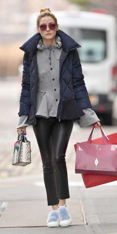 white-shoe-sneakers-sun-bun-oliviapalermo-blue-navy-jacket-coat-puffer-fall-winter-hairr-weekend.jpg