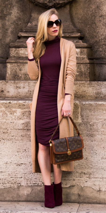 burgundy-dress-bodycon-burgundy-shoe-booties-brown-bag-tan-cardiganl-fall-winter-blonde-lunch.jpg