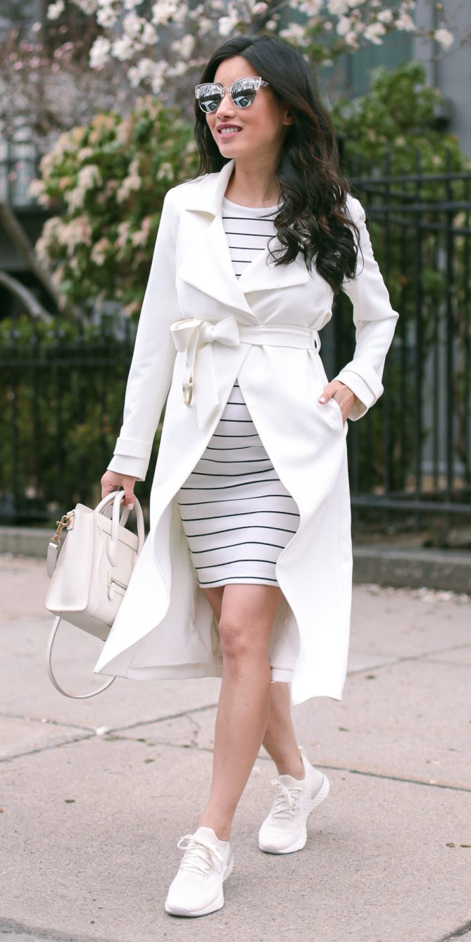 white-dress-bodycon-stripe-white-jacket-coat-trench-white-bag-mono-white-shoe-sneakers-maternity-outfit-sun-brun-spring-summer-weekend.jpg