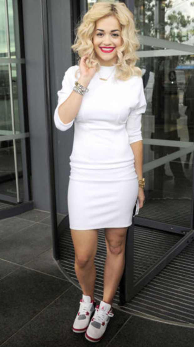 white-dress-white-shoe-sneakers-bodycon-ritaora-celebrity-street-bracelet-howtowear-fashion-style-outfit-spring-summer-lunch.jpg