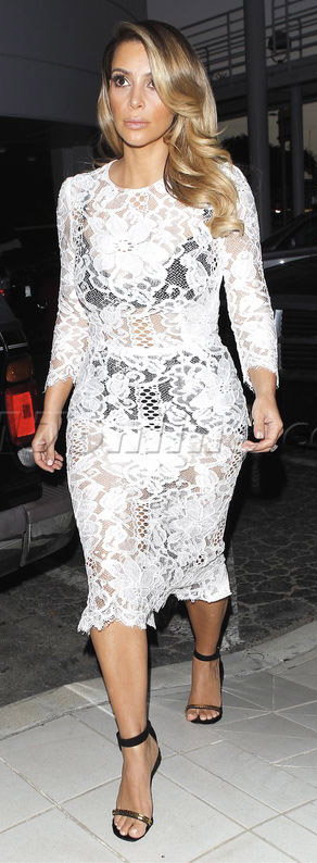 white-dress-bodycon-sheer-lace-black-shoe-sandalh-kimkardashian-brun-spring-summer-dinner.jpg