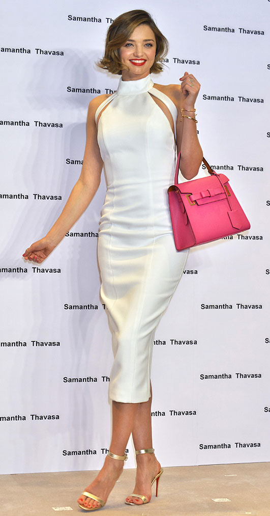 white-dress-a-pink-magenta-bag-tan-shoe-sandalh-bracelet-bodycon-midi-spring-summer-mirandakerr-celebrity-hairr-classic-dinner.jpg