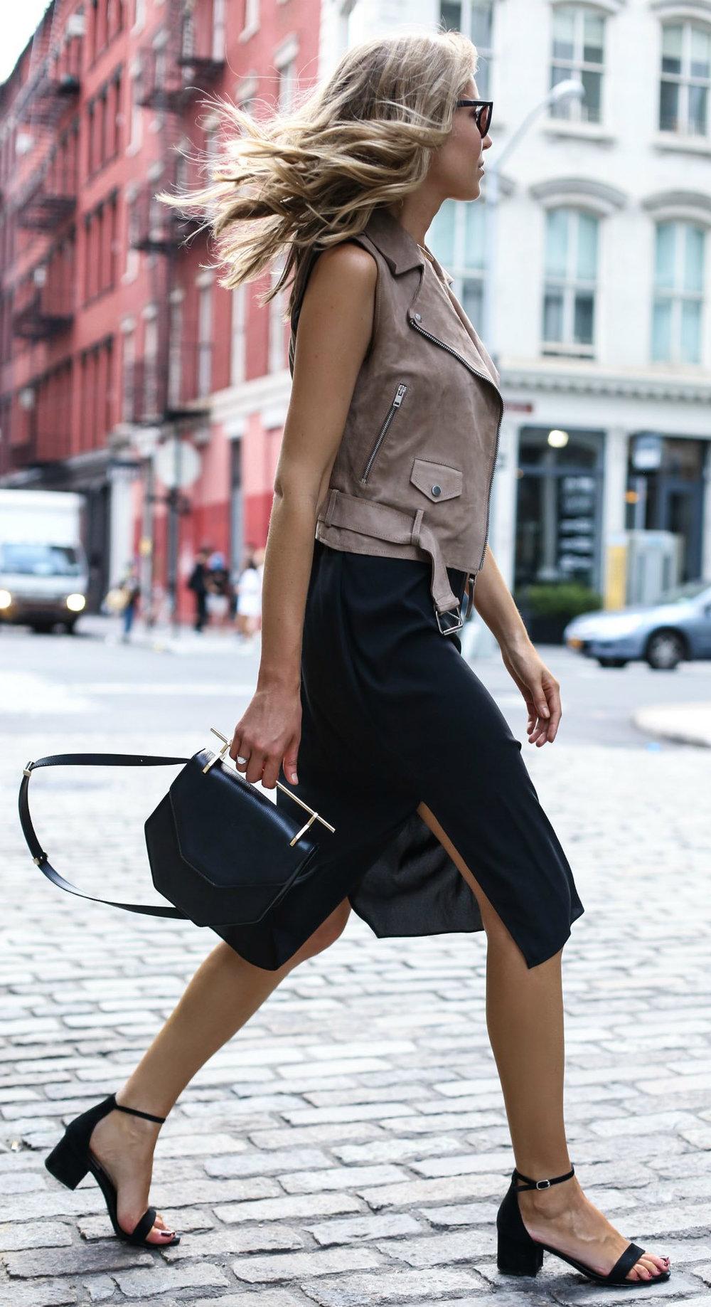 black-dress-bodycon-tan-vest-moto-blonde-black-bag-black-shoe-sandalh-spring-summer-lunch.jpg