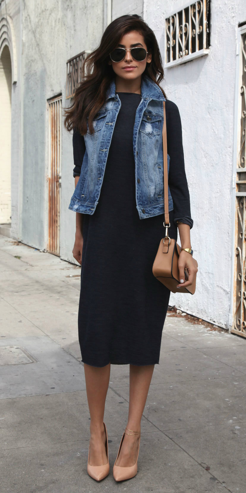 black-dress-bodycon-blue-med-vest-jean-tan-bag-tan-shoe-pumps-sun-brun-fall-winter-lunch.jpg