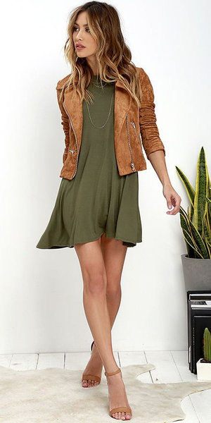 cc0821567a green-olive-dress-cognac-jacket-moto-cognac-shoe-