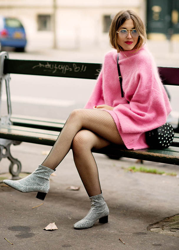 6905a6ab1f4 pink-light-dress-sweater-black-bag-black-tights-