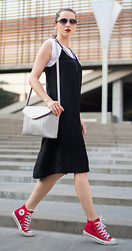 fa02da724306 black-dress-tank-slip-white-tee-red-shoe-