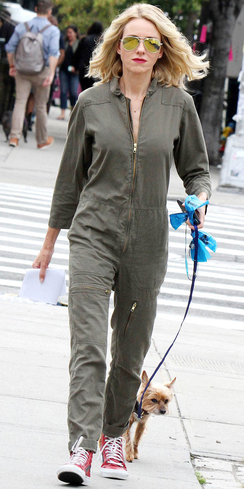 46bc32e92359 green-olive-jumpsuit-red-shoe-sneakers-sun-namoiwatts-