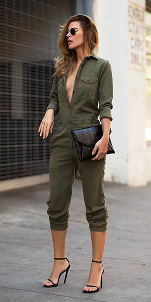 c9548589e54 green-olive-jumpsuit-black-bag-clutch-black-shoe-