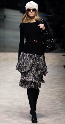 grayl-aline-skirt-black-sweater-belt-beanie-black-bag-black-tights-runway-howtowear-style-fashion-fall-winter-blonde-work.jpg