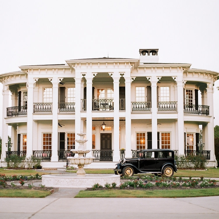 A FITZGERALD FANTASY  Published By:  Weddings In Houston