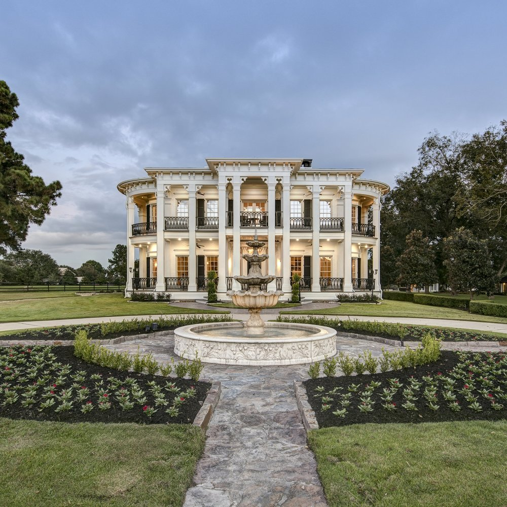 7 NEW VENUES IN AND AROUND HOUSTON TO HOST THE PERFECT WEDDING  Published By:  Culture Map