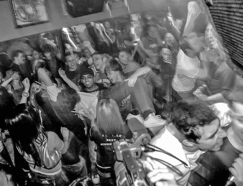 brauerhouse_party