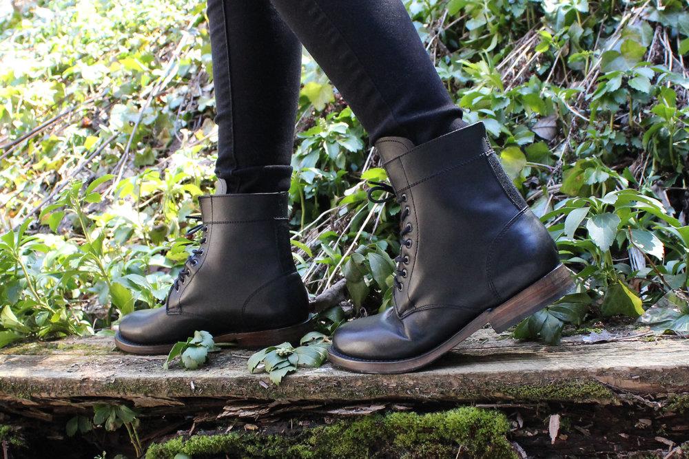 Sutro Footwear Mendelle Boots
