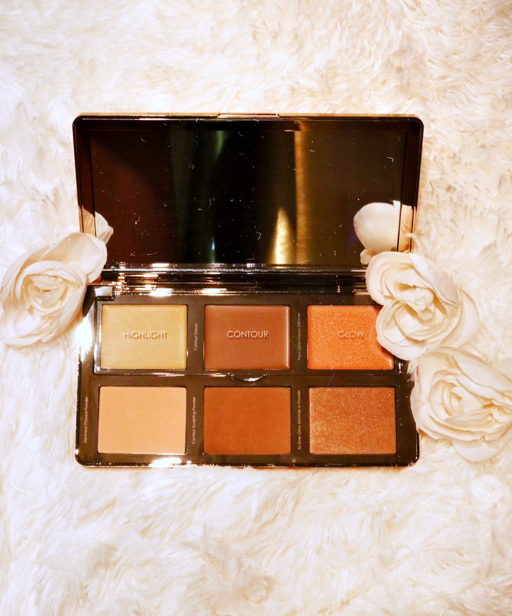 Natasha DenonaSculpt & Glow Face Highlighting & Contour Glow Palette - TEXTURE: COOL TONED + CREAMYPIGMENTATION: 10BLENDABILITY: 10HONORABLE: CRUELTY FREE