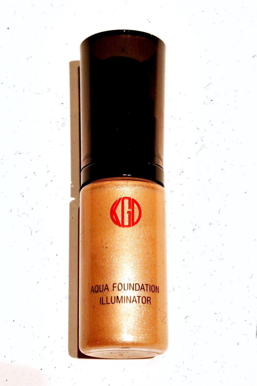 Koh Gen Do Aqua Foundation Illuminator - TEXTURE: SHEER LIGHT LIQUIDPIGMENTATION: 10BLENDABILITY: 10HONORABLE: CRUELTY FREE