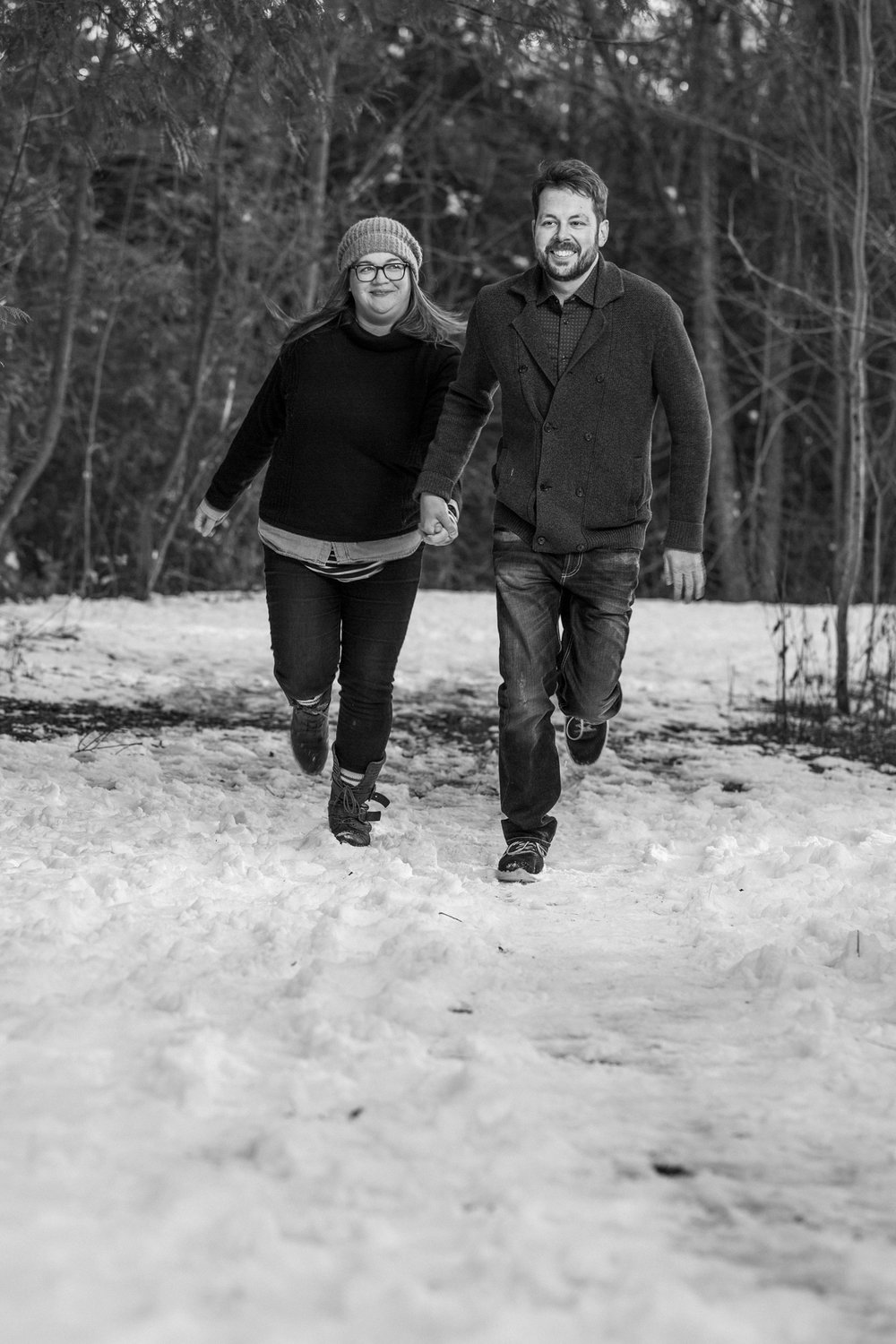 Cast & Crewe Photography // winter // engagement // Ayr, Ontario