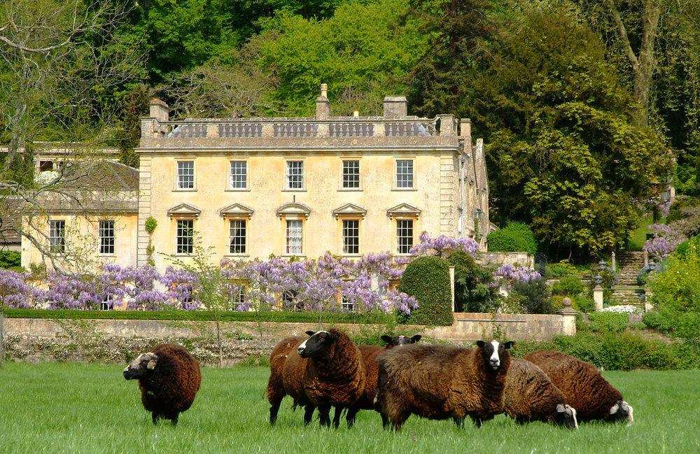 Iford Manor Spring (c) Rob Coles.jpeg