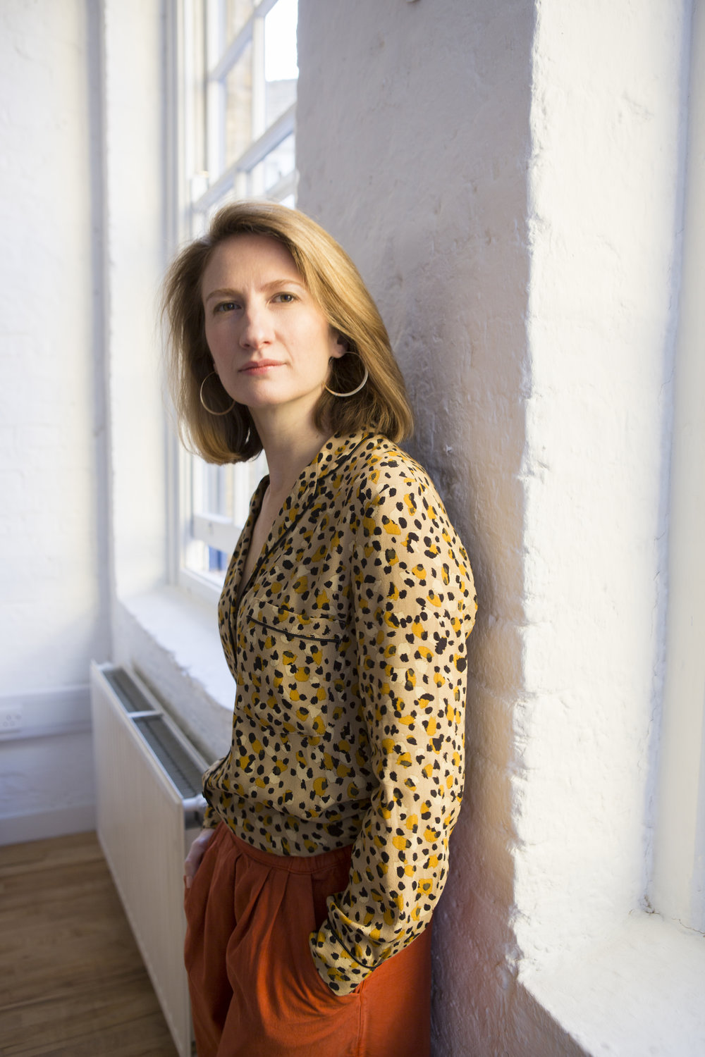 alice salisbury -  Alice has always believed that nothing helps a company see a problem in a new light like the fresh eyes of the consumer.She's put that belief into practice, as both researcher and planner, at the likes of Flamingo, M&C Saatchi and BBH.Frustrated by the increasing gap between company strategy and customer understanding she co-founded Inkling, where she leads the research team.