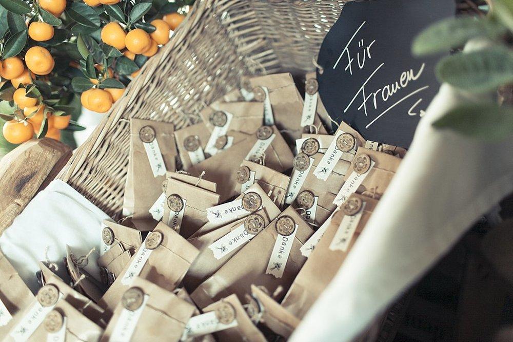 Lavendel-Rustikale Papeterie für Clissia und Toby — Anmut und Sinn