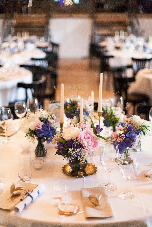 Tischfloristik Hochzeit blau-rosa