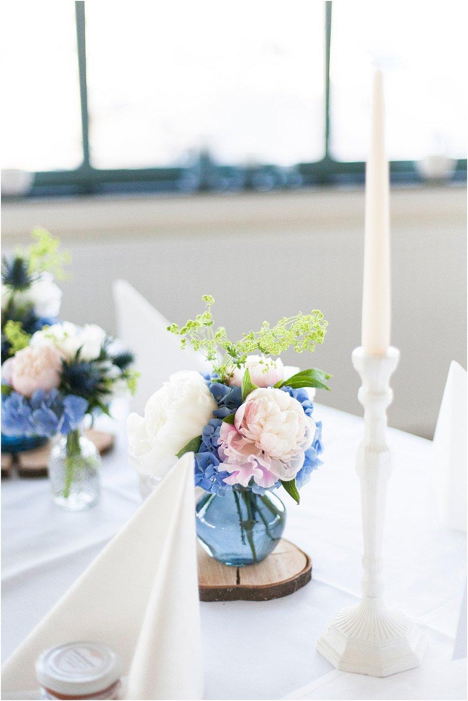 Blumen blau-weiß-rosa