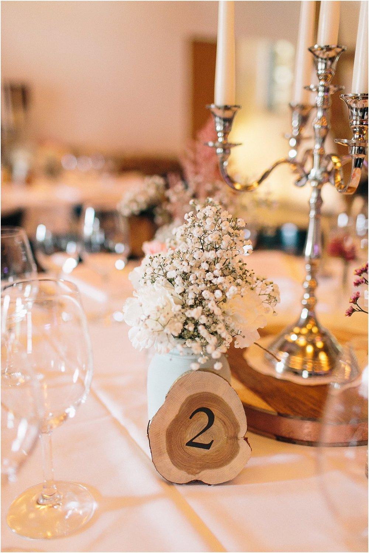 Tischnummer Holzscheibe