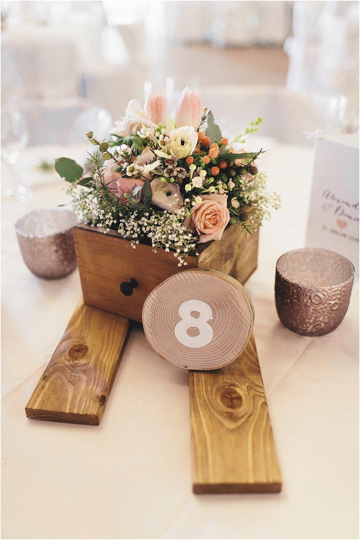 Tischdeko mit Schubladen Holz Winter