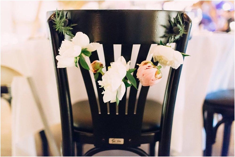 Stuhldekoration Blumen